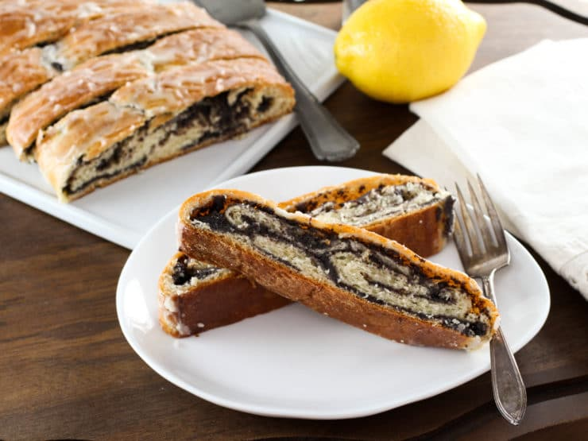 Poppy Seed Coffee Cake