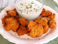 Vegan Buttermilk Panko Fried Mushrooms - Crispy Battered Mushrooms with a Creamy Cashew Dipping Sauce