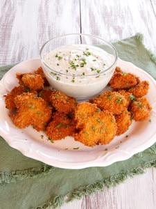 Vegan Buttermilk Panko Fried Mushrooms - Crispy Battered Mushrooms with a Creamy Cashew Dipping Sauce