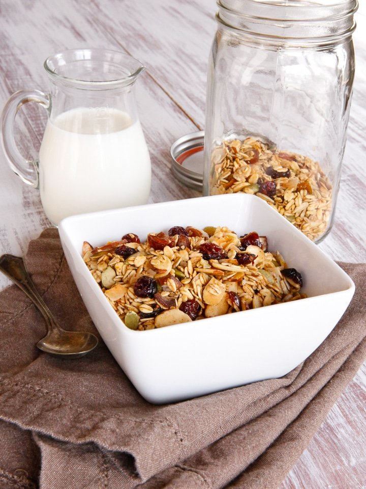 Maple Toasted Muesli - Homemade Muesli