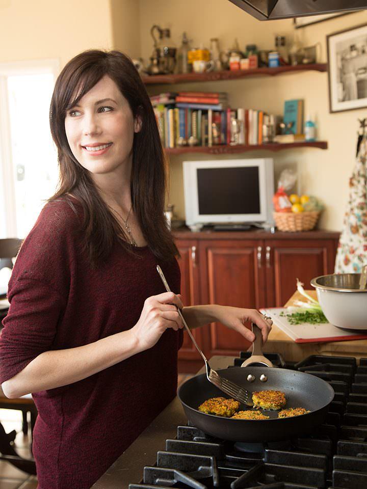 Circular Cookware Giveaway on ToriAvey.com! Circulon: Circles for Love. Circles for Life. #CirclesForLove #ad