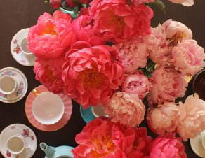 peonies-in-vintage-jars-6