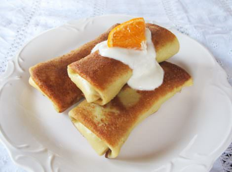 Citrus Vanilla Blintzes – Celebrate Hanukkah with Blintzes Made With Clover Organic Dairy Products #clovercooks