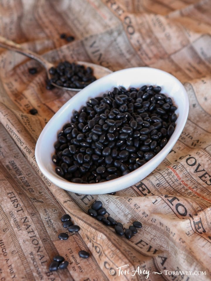How to Soak, Cook and Freeze Dried Black Beans - Learn how to cook dried black beans to prepare them for use in recipes. Includes storage and freezing techniques.